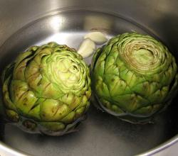 How To Eat A Boiled Artichoke